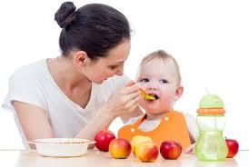 اكل الطفل الرضيع المسموح والممنوع