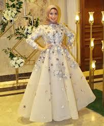 عايزه رايكم في فستان دا يبنات للايجار