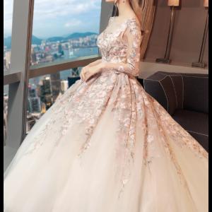فستان رائع من تعرف نوع القماش